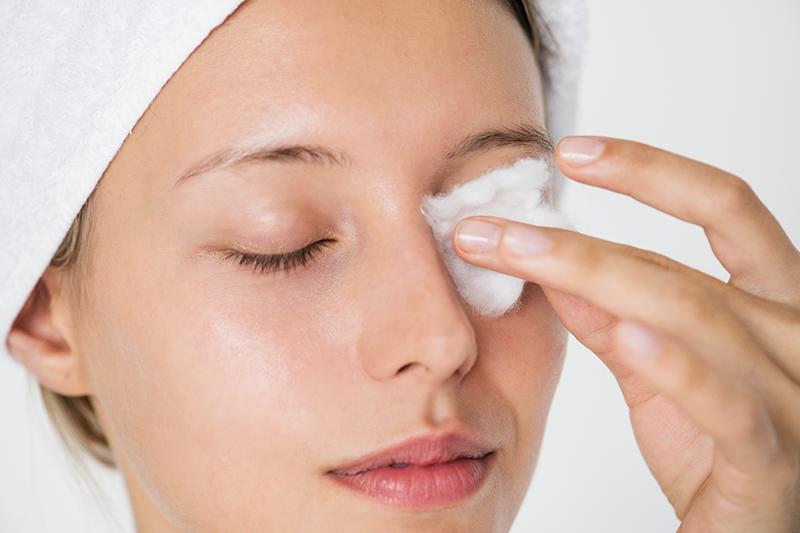 5 bước rửa mặt cho da mụn không phải ai cũng biết